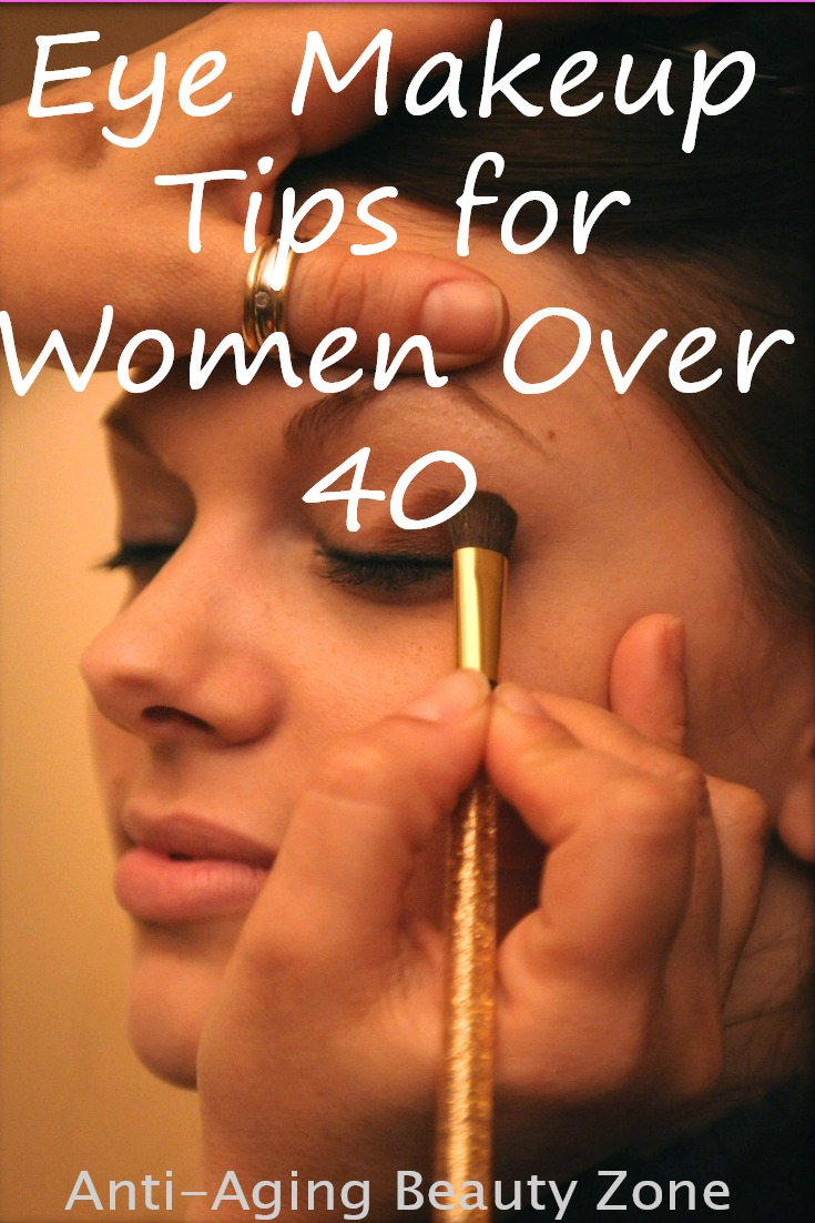 Eyeliner makeup tips for women over 40